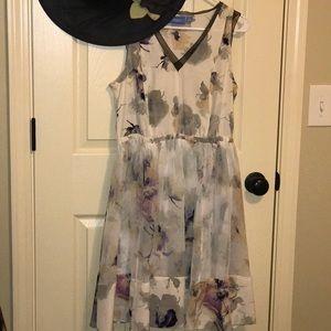 STUNNING DRESS by SIMPLY VERA by VERA WANG SIZE M